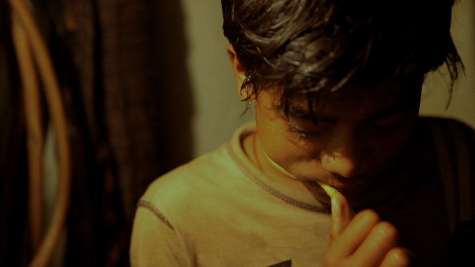 Image from the film Amar.